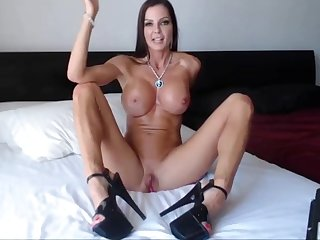 muscle milf cam