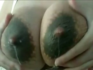 This slut loves to milk her own lactating breasts and her tits drives me preposterous