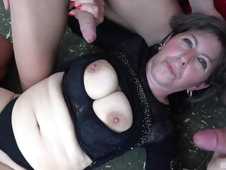 Dirty mature drops vulnerable the stun to be fucked by three strangers
