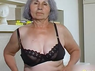 Homemade granny compilation of queasy pussies drilled with dealings toys