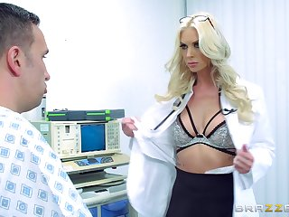 First time this female doctor gets laid with one of her patients