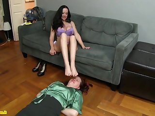Diana Knight Auntie Feet Smelling Domination And Humiliation