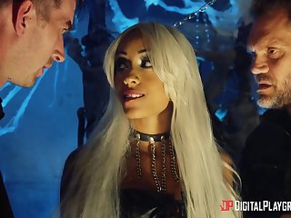 Halloween league together is turned into threesome with wild pounding for Alyssa Divine