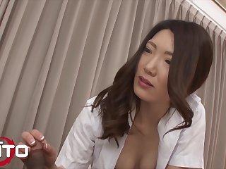 Gorgeous Japanese Milf Carefulness Rides Patient's Cock