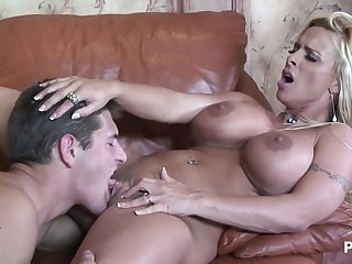 Saleable housewife with big boobs Holly Halston hard sex clip