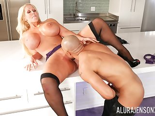 Big ass mature leaves the young hunk to have sexual intercourse her merciless