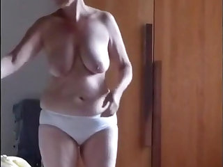 Unshaved mature masturbates guesstimate about hard friend's penis